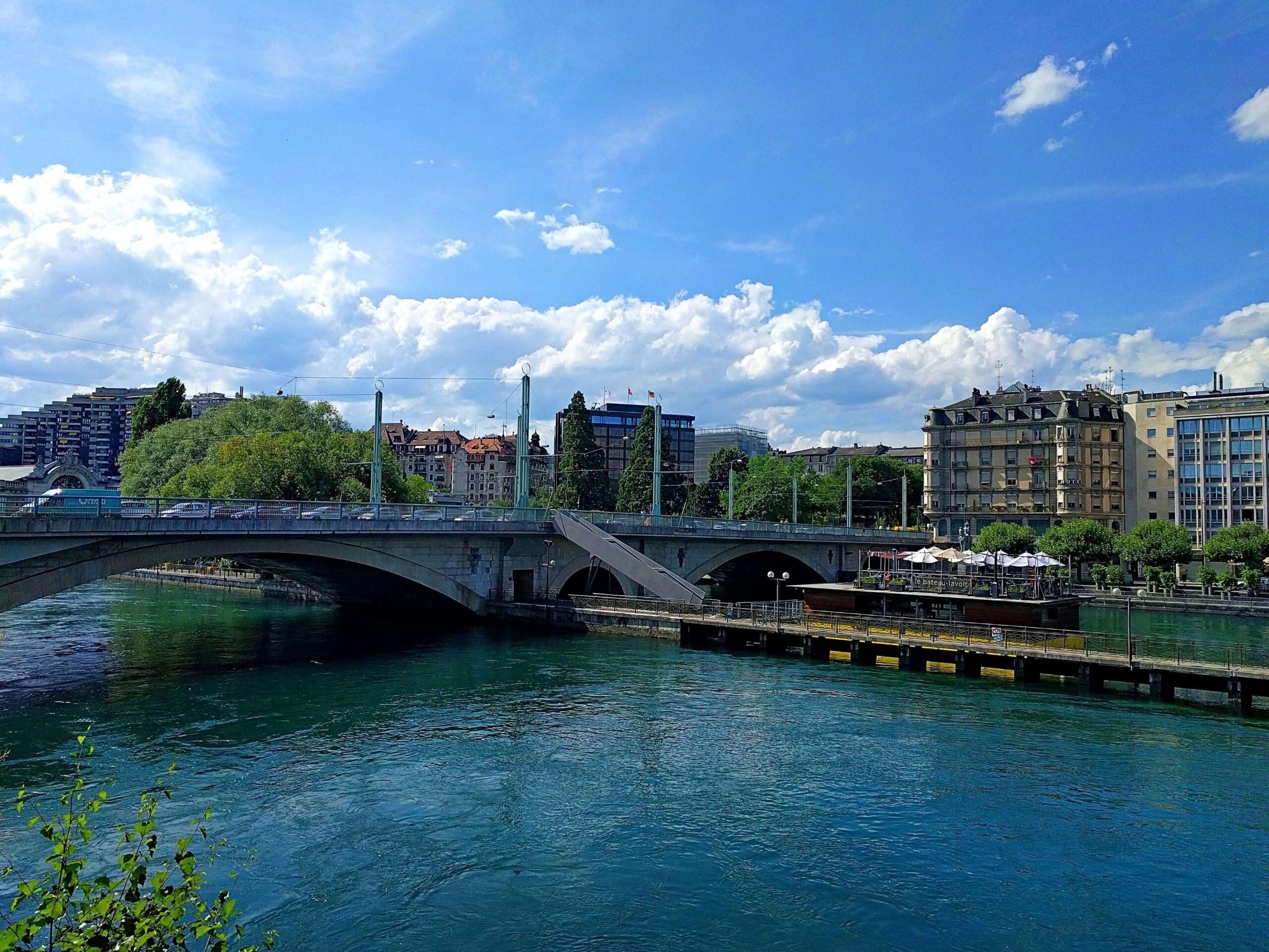 Portada Ginebra