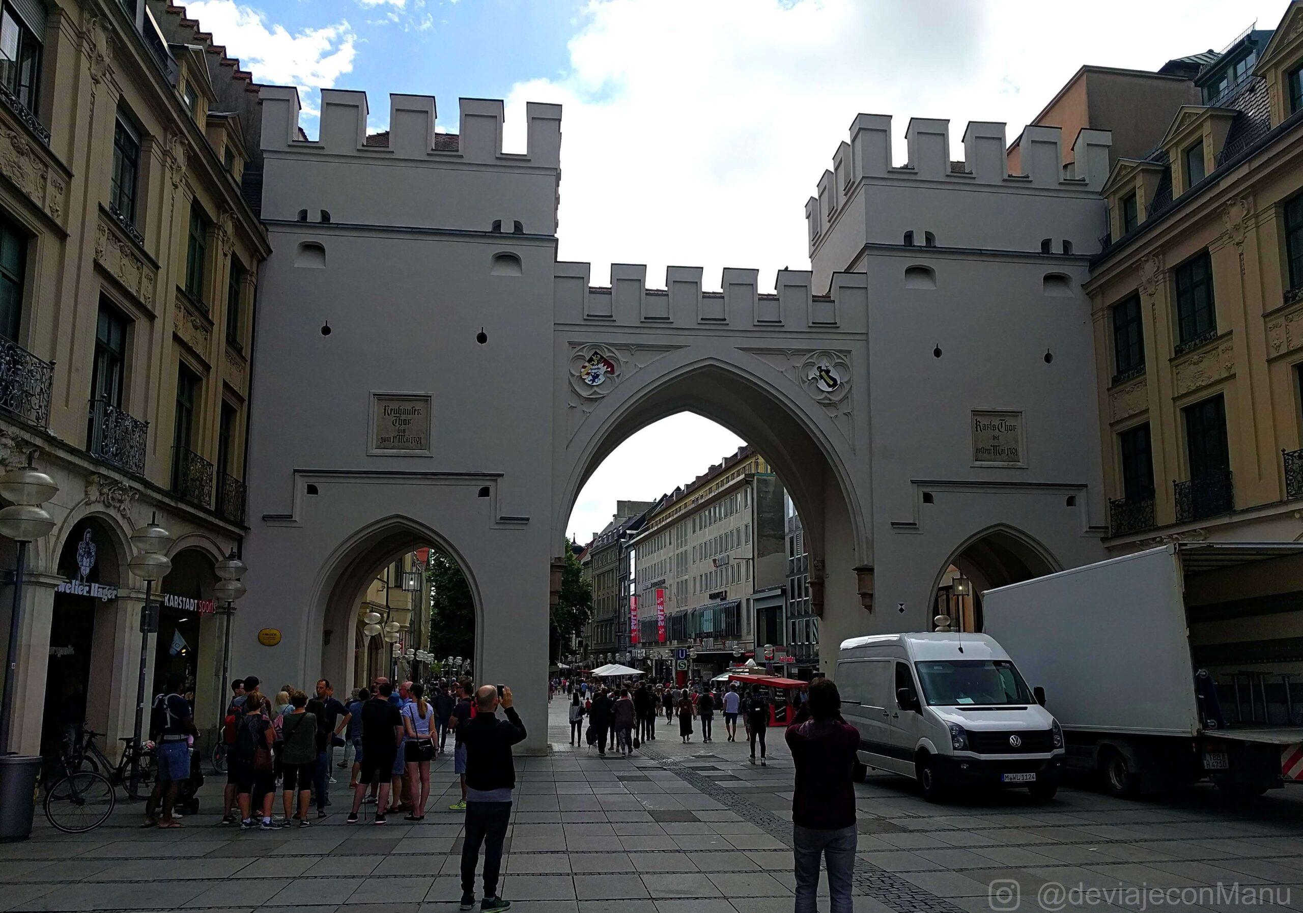 Entrada a Karlsplatz